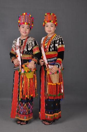 Lhaovo ladies with traditional dress